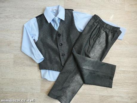 Šedý oblek k zapůjčení, 6-12 měsíců, 80