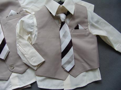 SKLADEM - béžový oblek k zapůjčení,6-12,3-4, 74