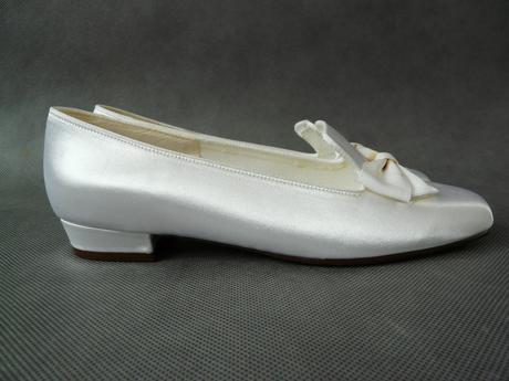 SKLADEM  bílé saténové balerínky, 36