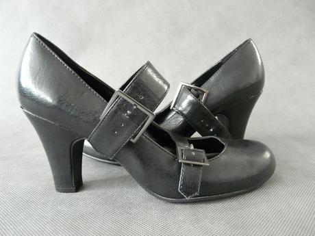 SKLADEM - černé lodičky, 38