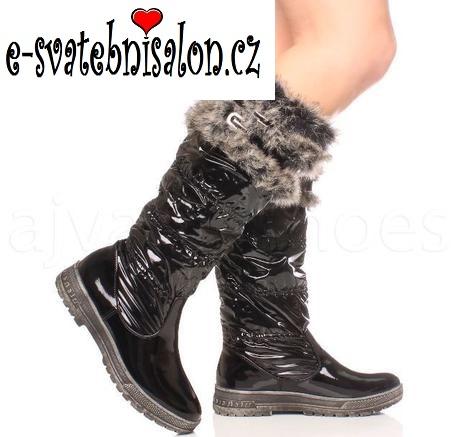 SKLADEM - černé zimní kozačky, sněhule, 40