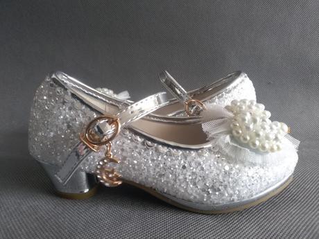 SKLADEM - dětské svatební lodičky na podpatku, 29