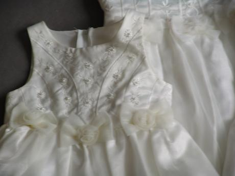 SKLADEM - ivory šaty, 3-6 let, 104