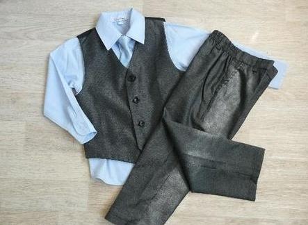 SKLADEM - k zapůjčení šedý oblek 6m-8let, 128