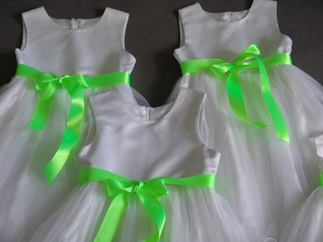 SKLADEM - šaty k zapůjčení, 12-18m, 10-13 let, 92