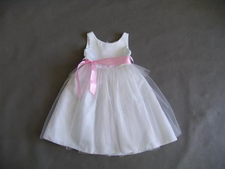 SKLADEM - šaty k zapůjčení, 2-4 roky, 104