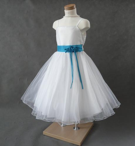 SKLADEM - šaty k zapůjčení, 5-10 let, 116