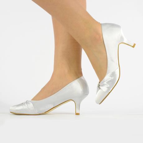 Stříbrné saténové svatební lodičky, nízký podpatek, 39