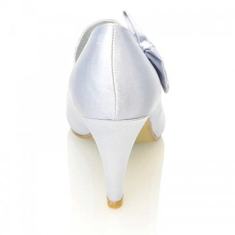 Stříbrné saténové svatební lodičky, nízký podpatek, 37