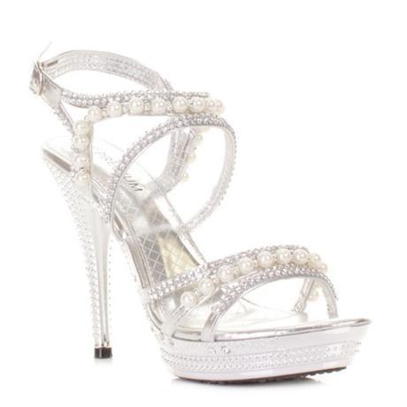 2c33b90a7f Stříbrné společenské sandálky