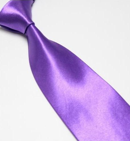 Světle fialová pánská kravata,