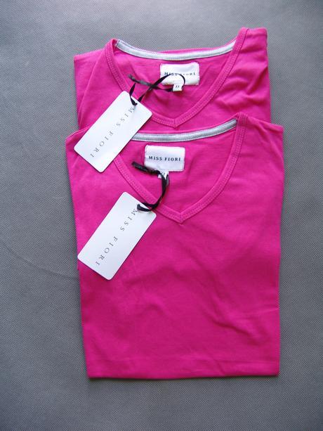 Světle růžové tričko, 140