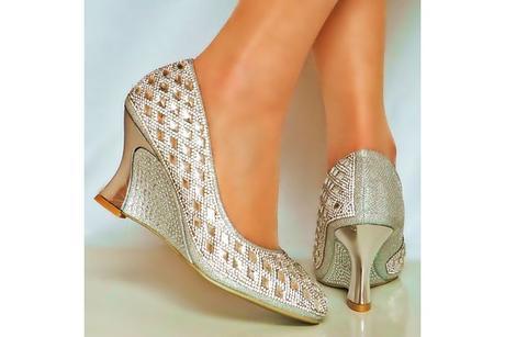 Výprodej - stříbrné sandálky na klínku, 36