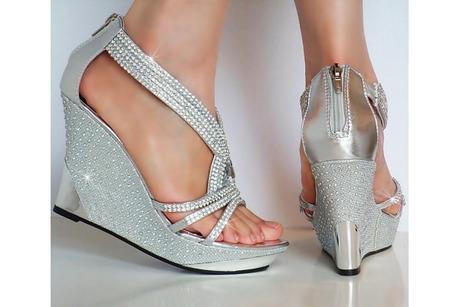 Výprodej - stříbrné sandálky na klínku, 37