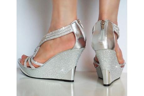 Výprodej - stříbrné sandálky na klínku, 39