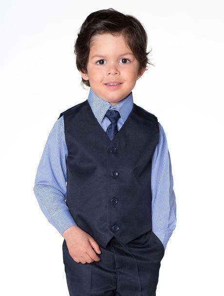 Zapůjčím tmavě modrý oblek 6-12 m a 4-5 let, 110
