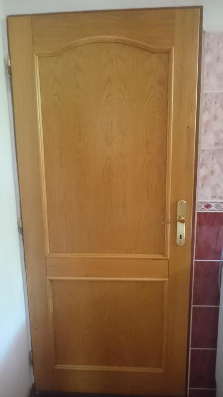 Drevo dvere ,
