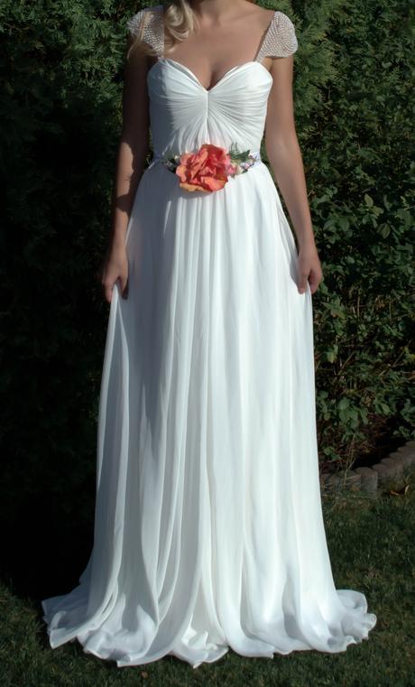 Vílí svatební šaty, 36