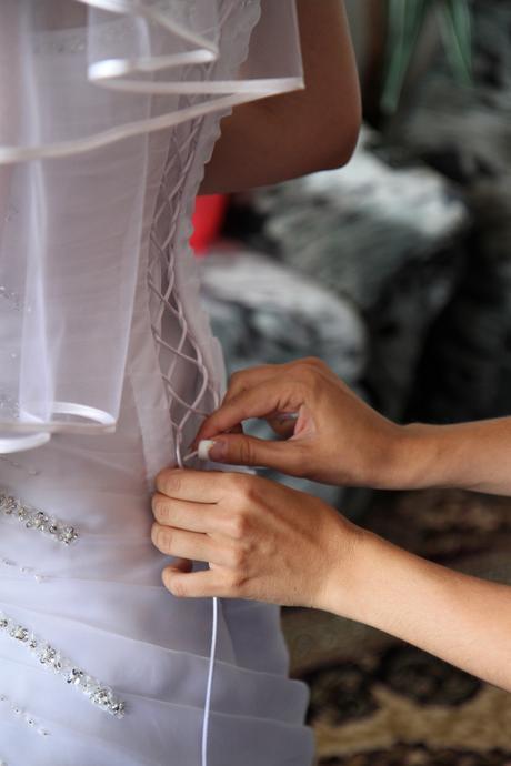 Biele svadobé šaty, 36