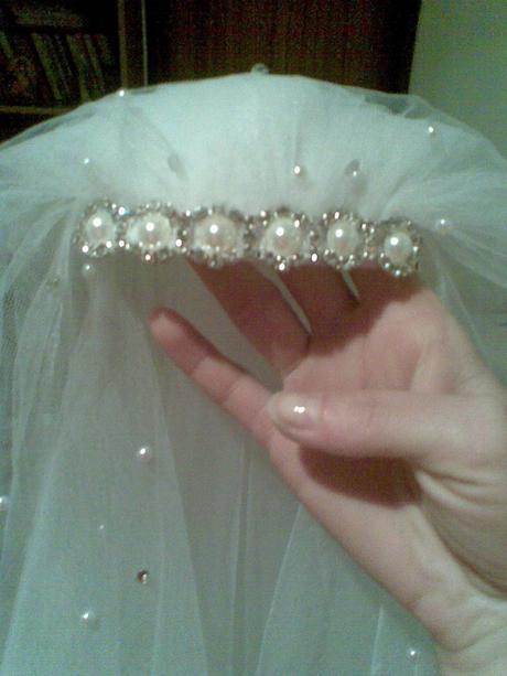 Svadobny zavoj s perlickami,