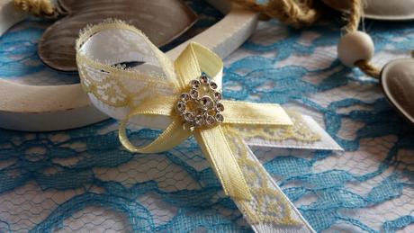 Svadobné pierko biela + smotanová čipka ,