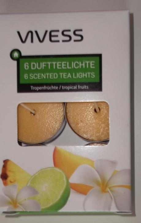 Svíčky s vůní exotického ovoce,