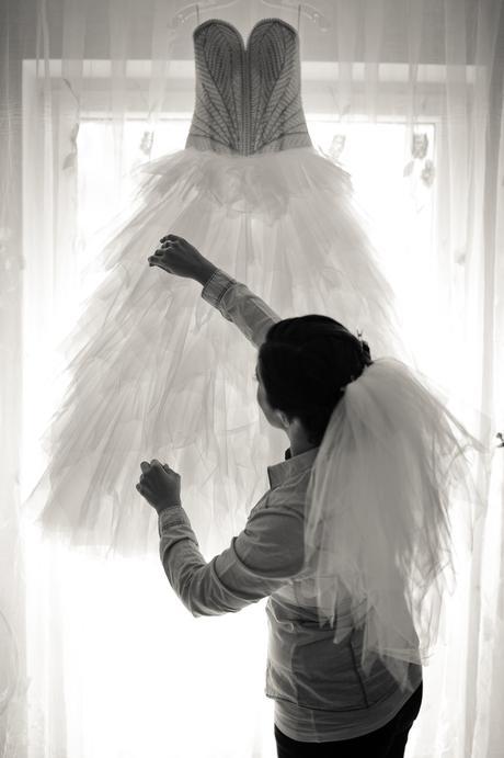 Nádherné svadobné šaty, 38