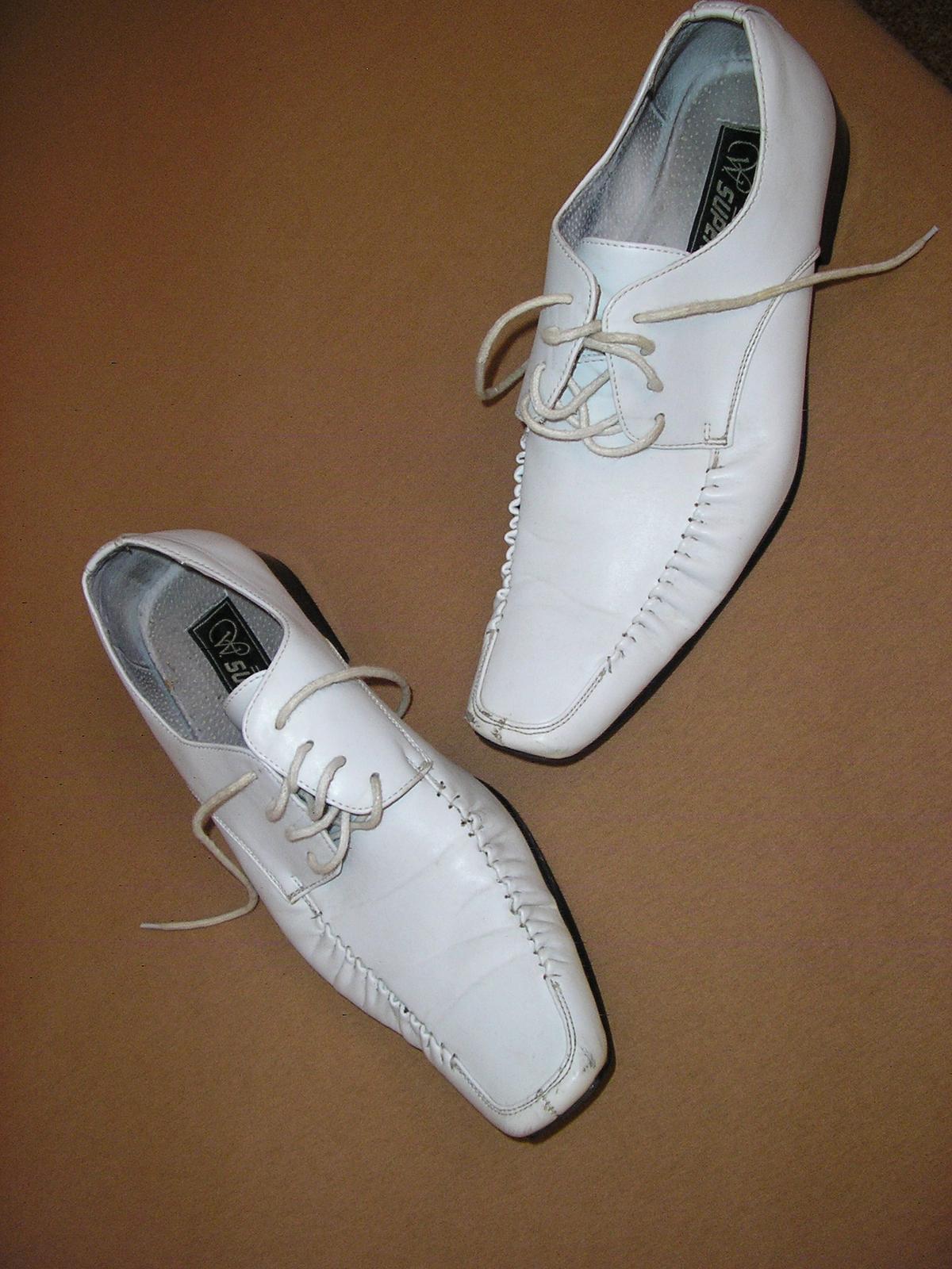 bc704b7d9368 1525. w super pánske kož. topánky č. 41