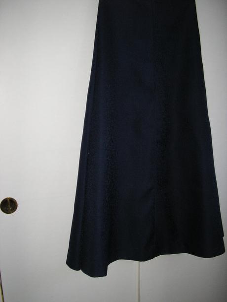 130. Dlhá sukňa spoločenská, XS