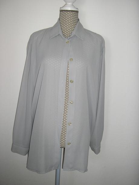 1455. Slávnostná košeľa, 44