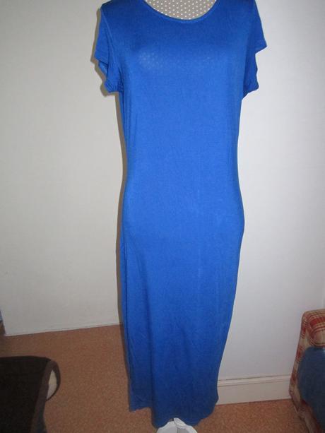 1676. Select šaty, 46