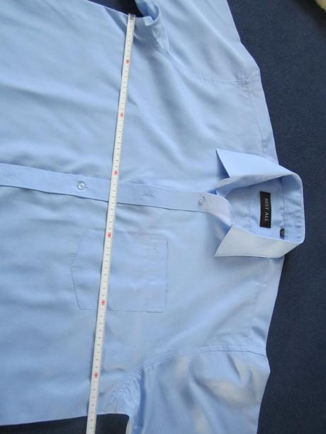 1682. Nenosená košeľa, 44