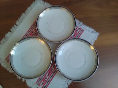 1869. 3 tanieriky,