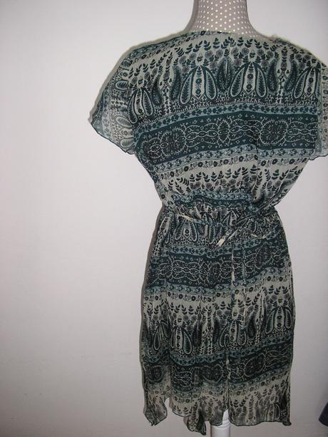 348. Šaty alebo tunika , 46