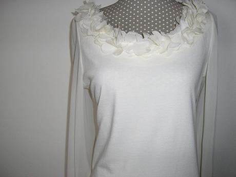 500. F&F Krémové šaty , 38