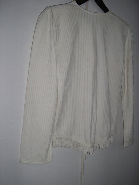 529. Biela blúzka príp. kabátik, S