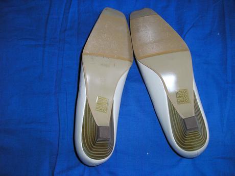 631. KIKI topánky , 39