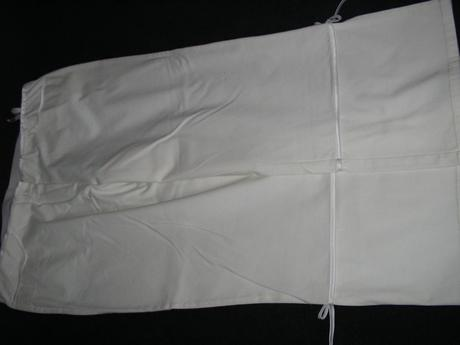 684. BONPRIX Biele nohavice    , 52
