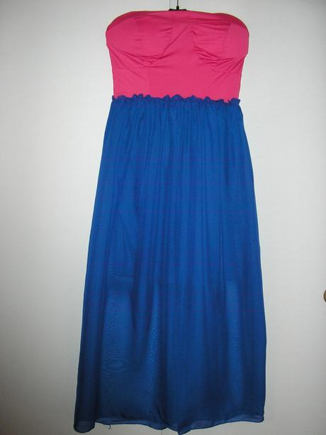 769. Spoločenské šaty, M