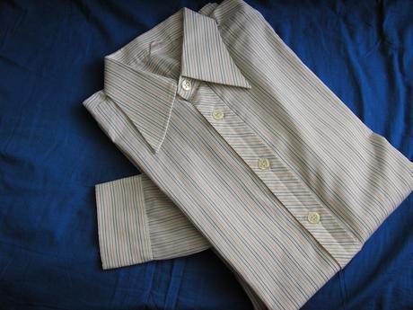 822. Panska košeľa, 42
