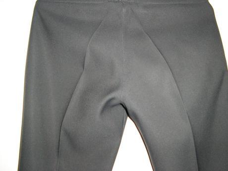 831. tm. sivé eleg. nohavice, 36