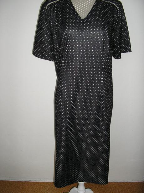 861. Bodkované šaty pre skôr nar., XXXL