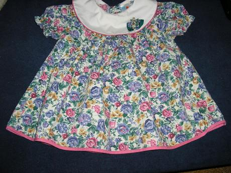974.  Dievčenské šaty C&A , 86