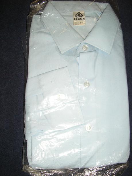 977. Fékon košeľa , 40