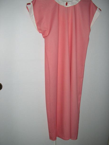 šaty aj pre tehotné, L