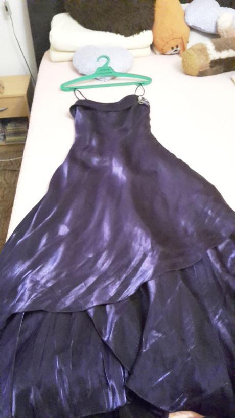 Společenské šaty 879b4d12e9