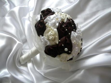čokoládovo-biela kytička,