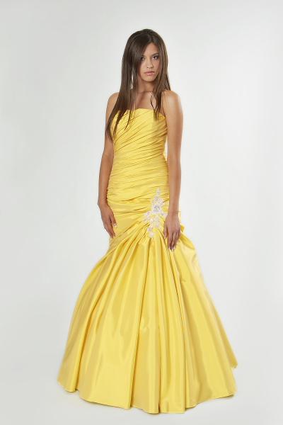 maturantské šaty, 38