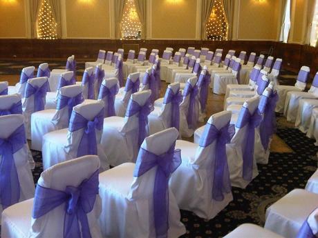 modrá svatební výzdoba,