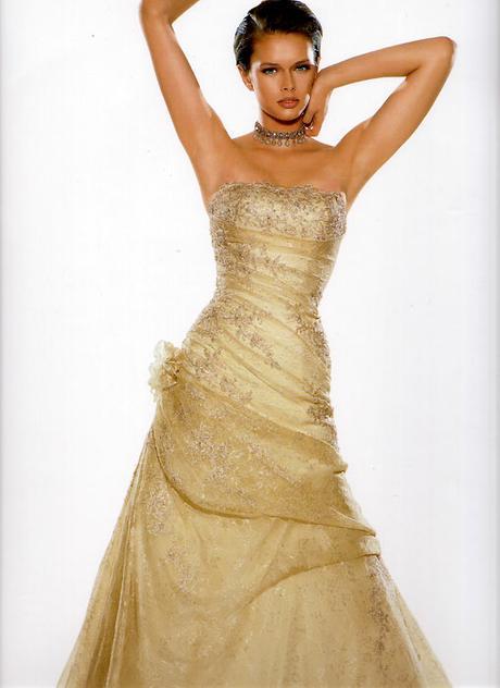 Půjčím značkové svatební šaty, 42